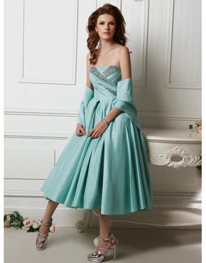 6d7a668b1f74 plesové šaty » p na objednání » klasické